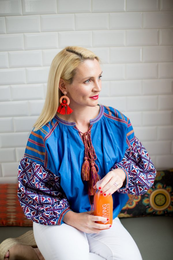 Tuckernuck, Boho Blouse, How to Wear White Denim, Statement Earrings, Colorful Blouse, Tuckernuck Top