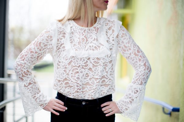 Wayf Bell Sleeve Lace Top, How to wear a lace top, lace top outfit,