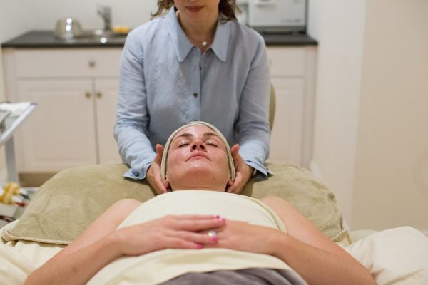 Toska European Spa, The Anti-Botox Facial, Mother's Day Gift Idea, How to get younger looking skin