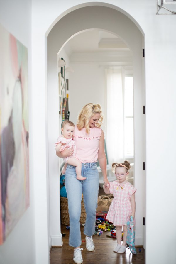 How to build your wardrobe to fit your lifestyle, the mom wardrobe, the mom outfit, chic mom style, mom outfit, cool mom outfit, high-waisted denim, pink top outfit