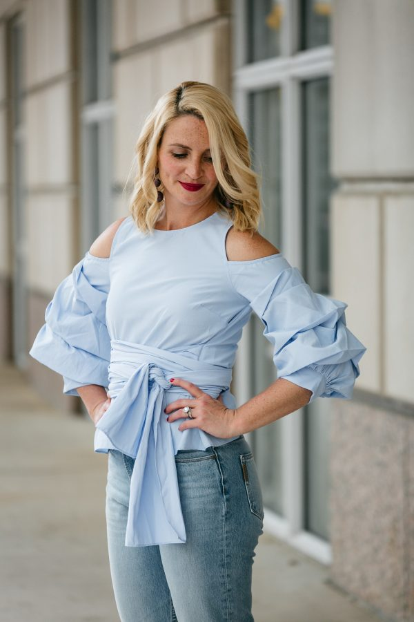 JOA wrap blouse idea, high waisted denim, statement sleeve top in blue, how to wear the statement sleeve top