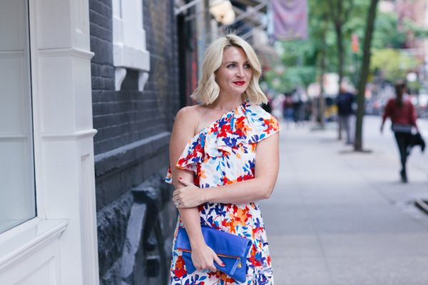 Parker NYC Dress, What to wear to a cocktail party, what to wear to a summer wedding, what to wear to Taste of Summer in Central Park, Floral Dress Outfit, Bold Lip, Summer Make-Up